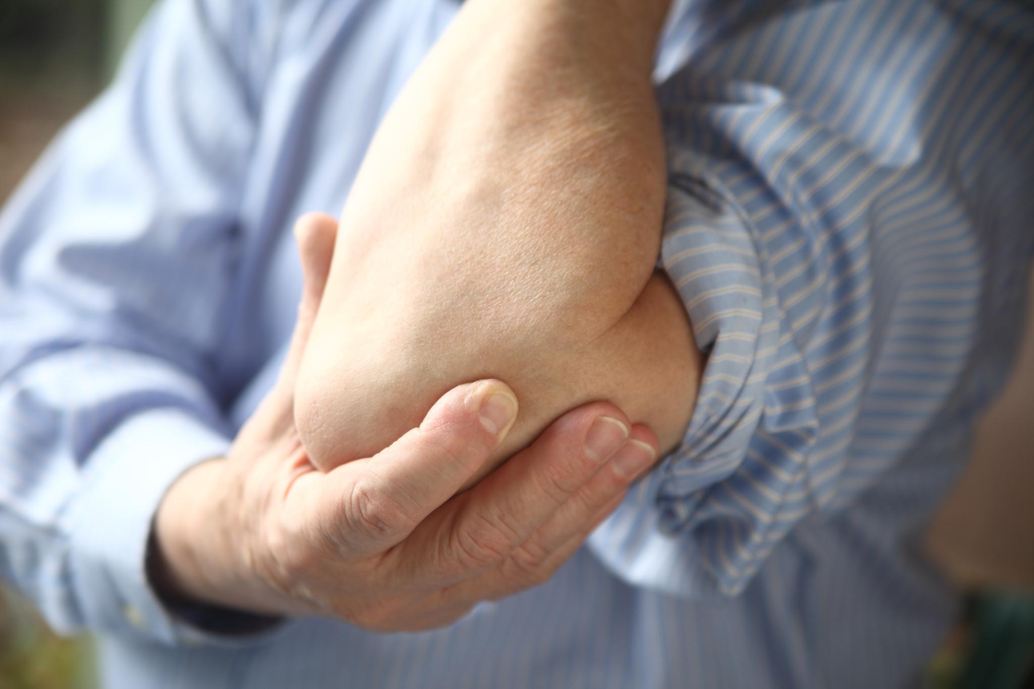 que hace subir el acido urico el acido urico causa dolor en los pies tengo gota en el pie